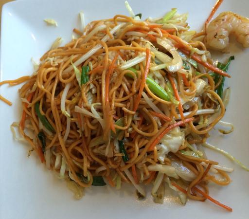 Mahli Thai: Shrimp Lo Mein