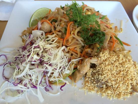 Mahli Thai: Pork Pad Thai