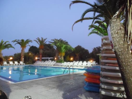 Morfeas Hotel Pool Party