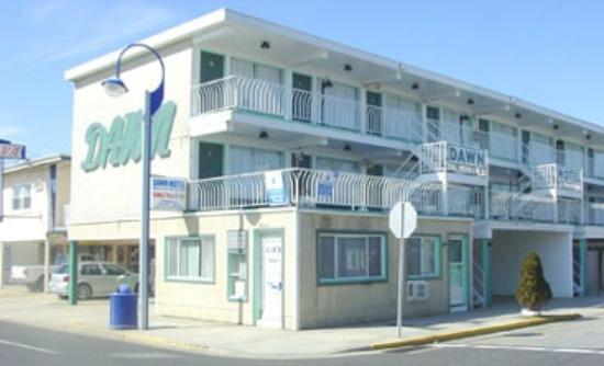 Sunset Beach Hotel: Street view