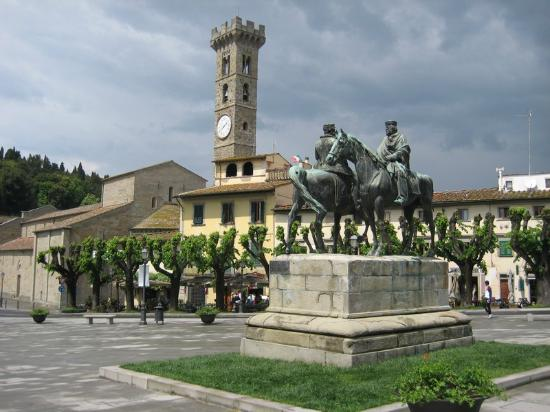 Piazza Mino