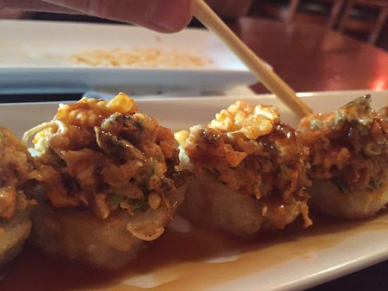 Photo of Japanese Restaurant Tanoshii at 5547 N Clark St, Chicago, IL 60640, United States