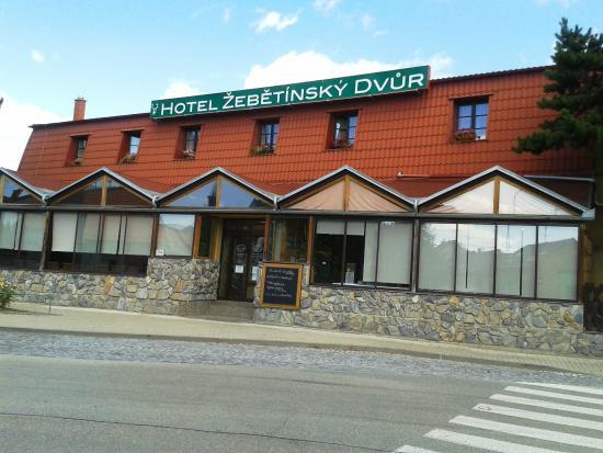 Hotel Zebetinsky Dvur Brno : Hotel entrance