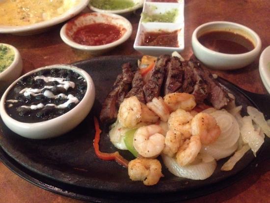 Abuelo's: Seafood fish and fajitas