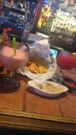 La Hacienda Mexican Restaurant: Late night snacks and drinks