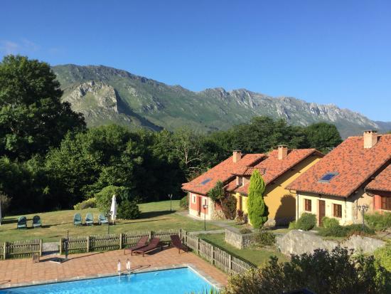 Hotel Rural La Lluriga: Exterior