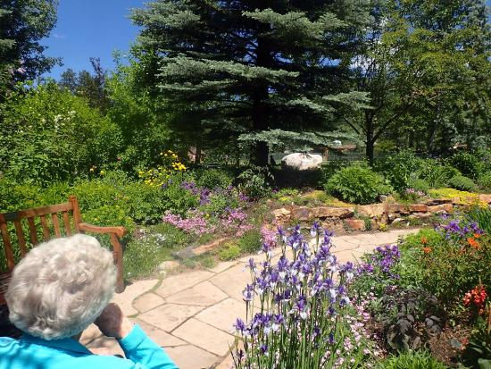 Wheelchair Accessible Picture Of Betty Ford Alpine Gardens Vail