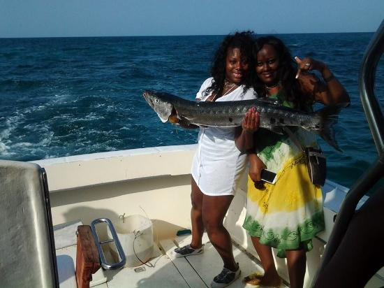 Deep sea fishing picture of excellence playa mujeres for Deep sea fishing in california