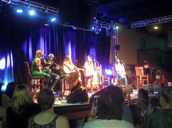 3rd and Lindsley: Awesome show!