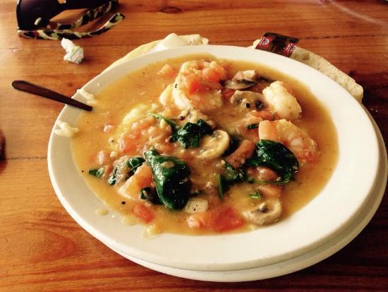 Ms. Carolyn's: Shrimp & Grits - yummy