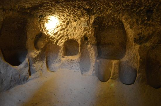 Entrance to the Underground City - Picture of Kaymakli ...
