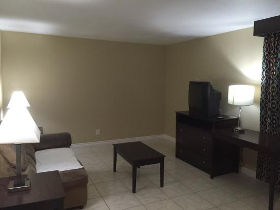 Cabrillo Inn & Suites Airport: photo0.jpg