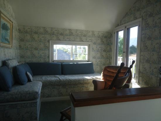 Bath Street Inn: Living room