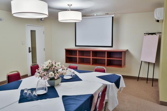 Hotel le versailles updated 2018 reviews price for Motel le suite pudahuel