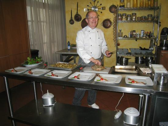 chef paolo montis cucina italiana cooking school chef paolo monti in the cucina
