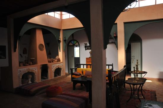 Riad Douar Des Oliviers : Woonkamer