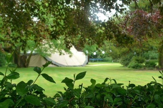West Carlton Country Guest House: Tipis in the grounds of West Carlton