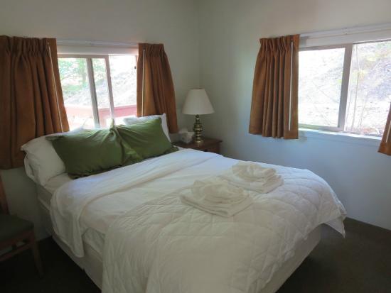 Stehekin, WA: Room 28 bedroom