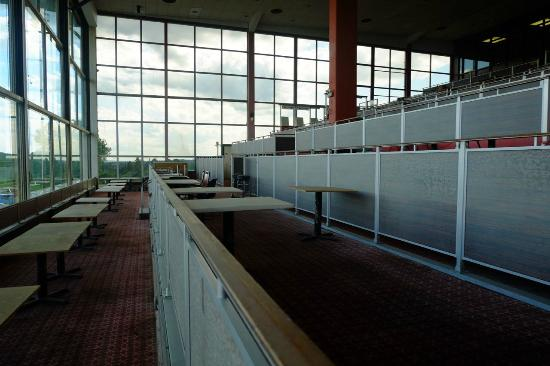 Monticello Casino and Raceway: Old clubhouse table seating