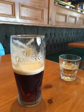 Dargans Irish Pub & Restaurant: photo0.jpg