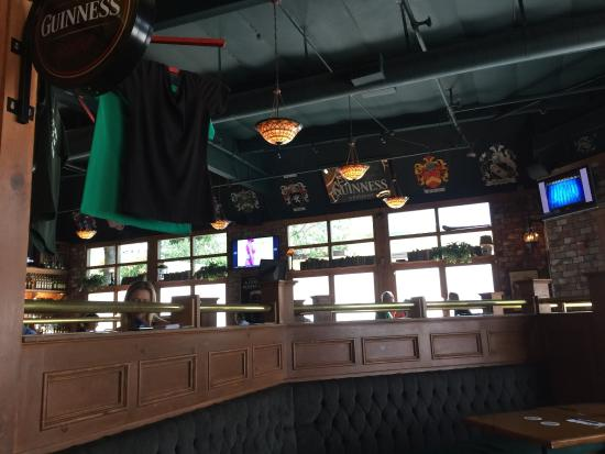Dargans Irish Pub & Restaurant: photo2.jpg