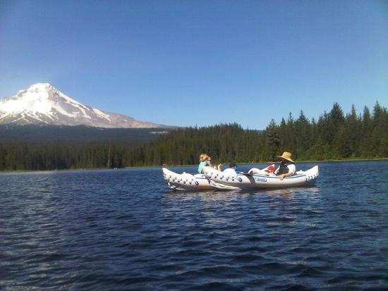 Hood River, Oregón: Kayaking on Trillium Lake