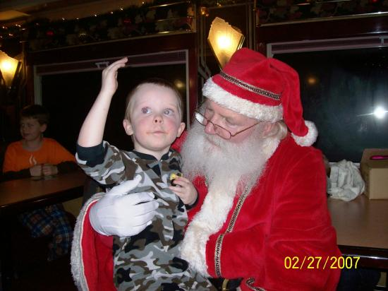 Hood River, Oregón: Visiting with Santa while on the Polar Express Excursion on the Mt.Hood Railroad