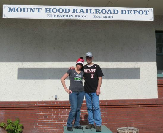 Hood River, OR: Getting ready for our Excursion on the Mt.Hood Railroad