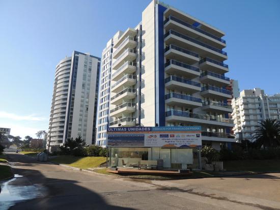 Arenas del Mar Apartments : Fachada del Edificio