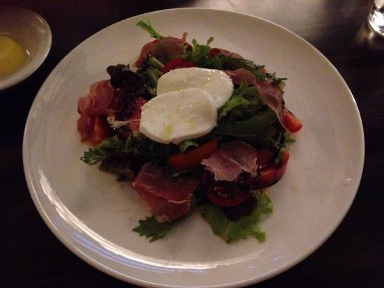 Pescatores: Heirloom Tomato and Pruscuitto Salad
