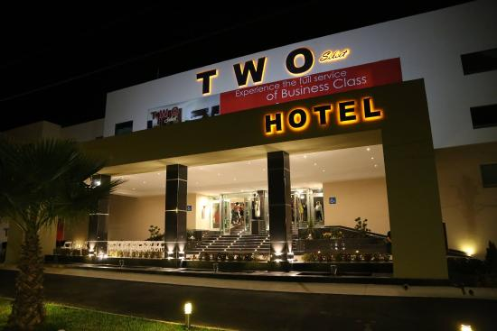 Hotel TWO Select