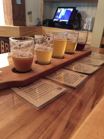 Door County Brewing: Beer flight