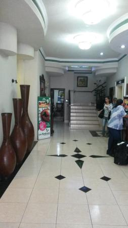Hotel Casino Plaza: Entrada