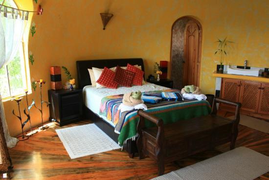 Kaalpul Atitlan Eco Hotel & Spa: The Zen Dome