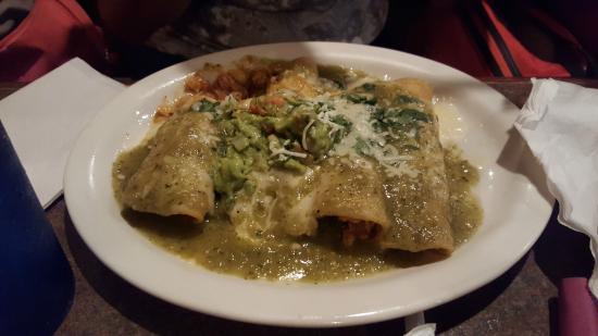 Cancun Mexican Restaurant: Enchiladas Verdes