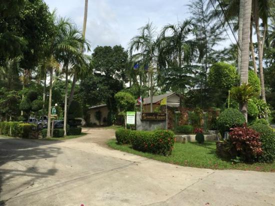 Sunda Resort: エントランス
