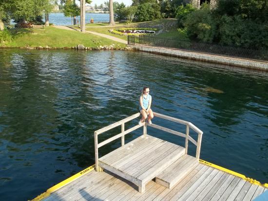 Gananoque, Canadá: une matelot en pause . :) ;)