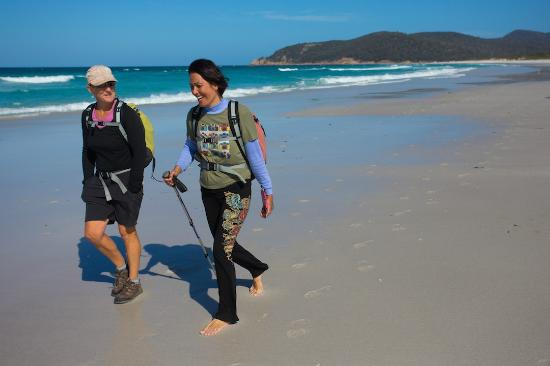 Freycinet Experience Walk Friendly Beaches Lodge: Reconnecting at Friendly Beaches