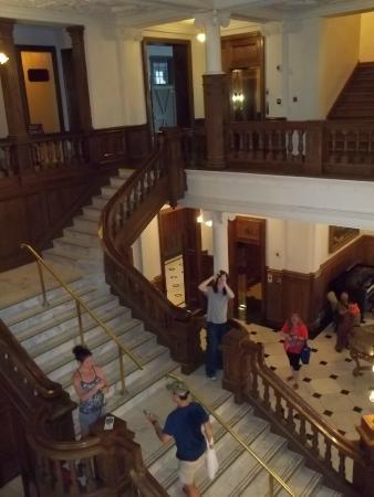 Gananoque, Canadá: l escalier principal .