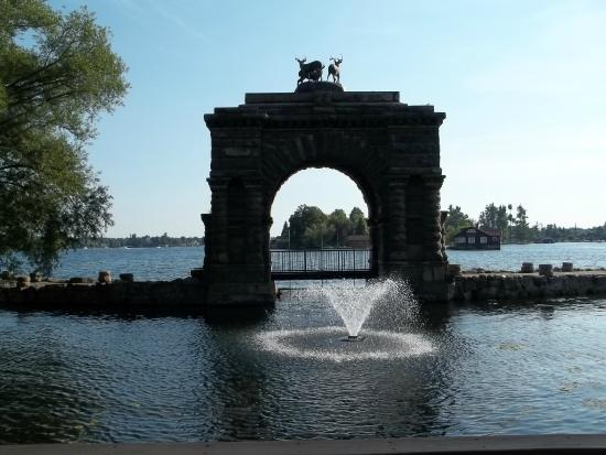Gananoque, Canadá: une arche .