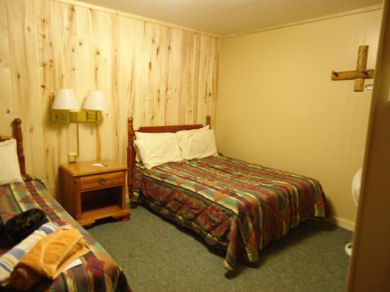 South Fork, CO: Room