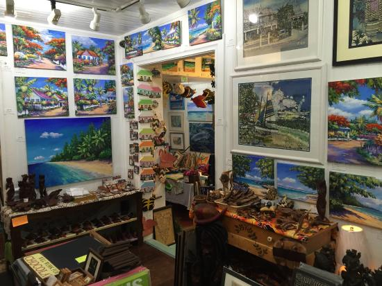 Pure Art Gallery & Gifts: Interior