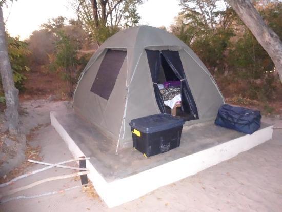 Gwango Heritage Resort Bush tent & Bush chalet (permanent tent) - Picture of Gwango Heritage Resort ...