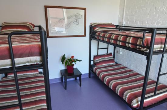 โฮบาร์ท แอคคอมมอนเดชั่น & โฮสเทล: 4 beds Ladies only dormitory