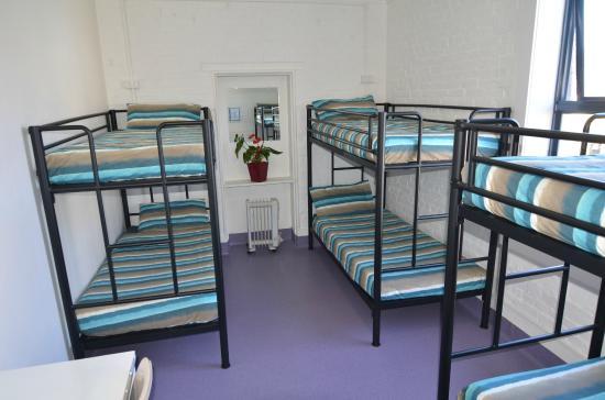 โฮบาร์ท แอคคอมมอนเดชั่น & โฮสเทล: 6 beds mixed dormitory