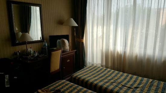 Hotel Benaco: Twin bed room