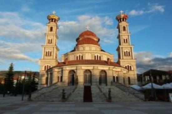 Korce County, Albanien: Православный собор Воскресения в г.Корча