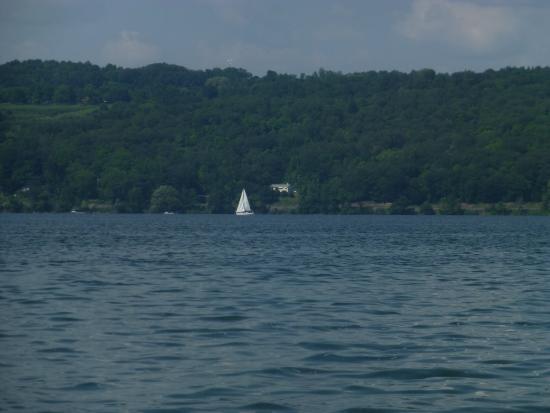 Cayuga Lake - Picture of Cayuga Lake, Ithaca - TripAdvisor
