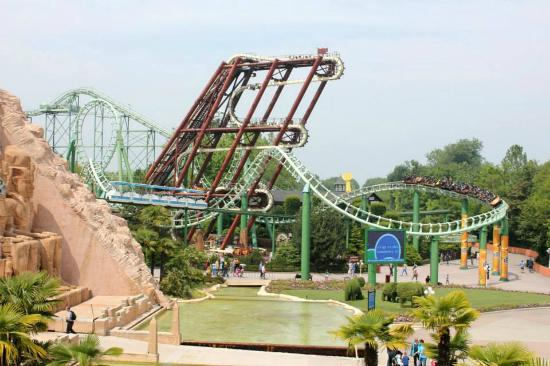 Oblivion vista da Flying Island - Picture of Gardaland ...