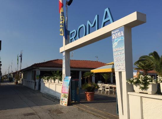 Bagno Roma: 外観